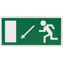 Menekülési út a lépcsőn lefelé, balra